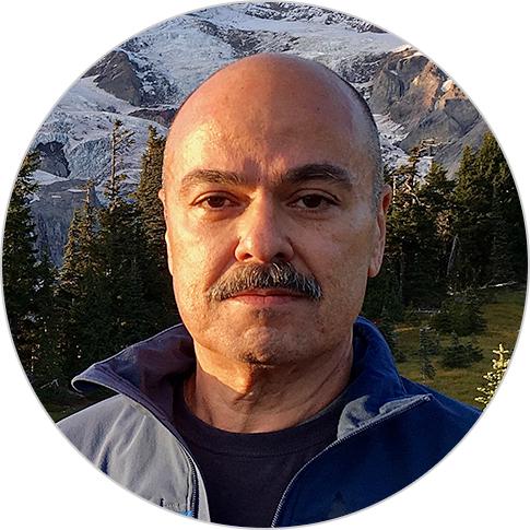 Carlos Quintela headshot