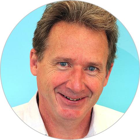 Steve Thomas headshot